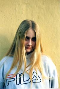 Det var hårdt for Lars Gjern Andersen at besøge sin Anna på døgninstitutionen. Her ses et billede af hende fra den tid. Privatfoto.